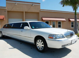 side limo lincoln